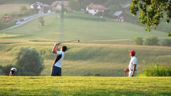 Občina Šmarje pri Jelšah znižala ceno za zemljišča za golf