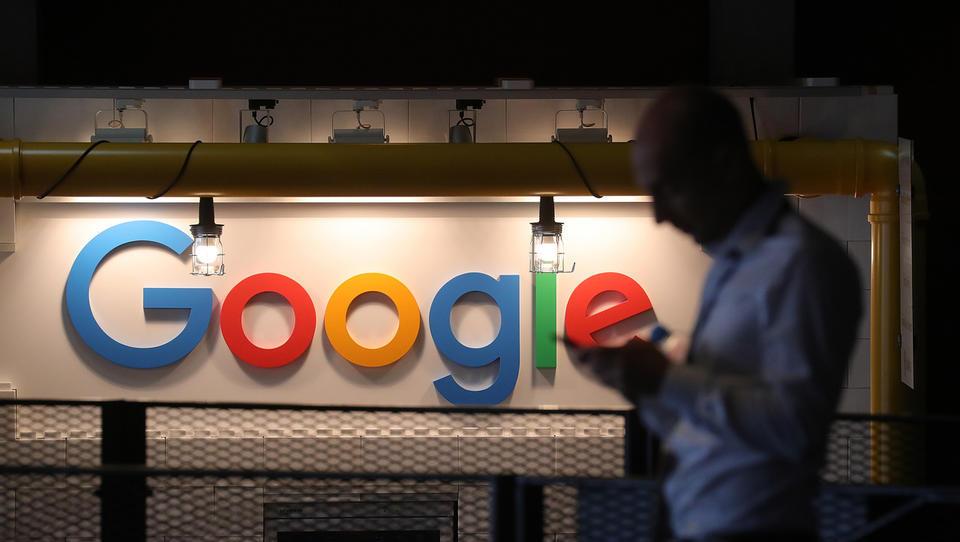 Bruselj je Googlu naložil kazen v višini 4,34 milijarde evrov