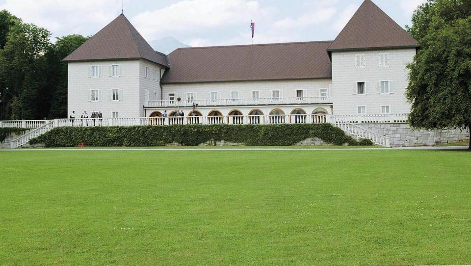 Prenova posestva Brdo, bo stala nekaj manj kot 30 milijonov evrov