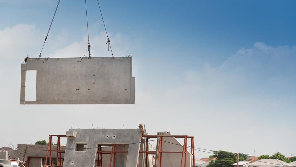 Vrednost opravljenih gradbenih del lani za petino višja kot v letu 2017