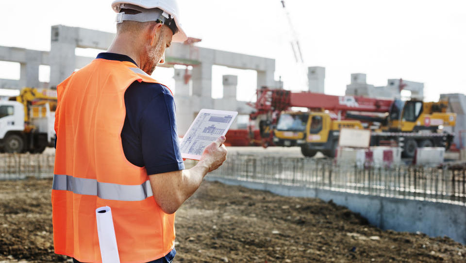 Spomladi največ zaposlovanja v proizvodnji in gradbeništvu