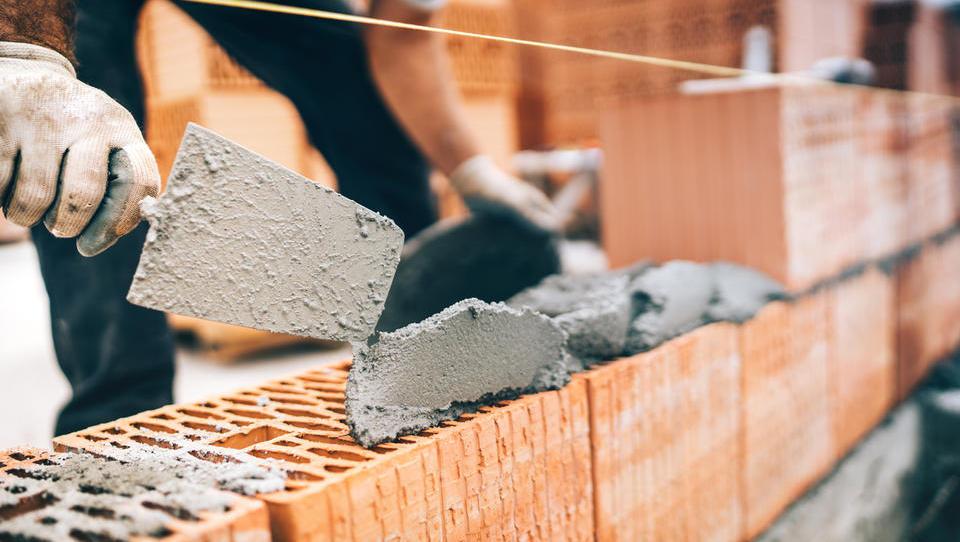 Nemško rast v prvem četrtletju so gnali poraba gospodinjstev in naložbe v gradbeništvu