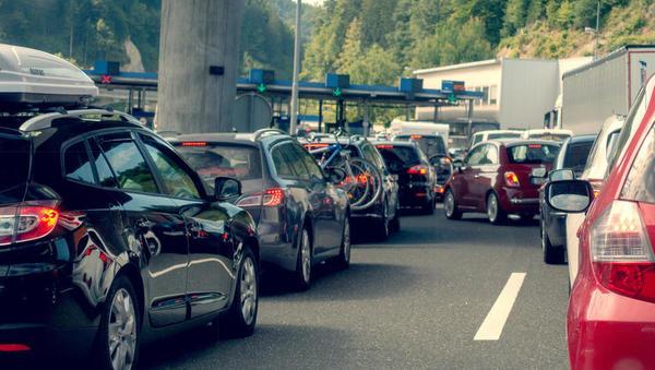 V EU dogovor o milejših omejitvah za potovanja med poletjem