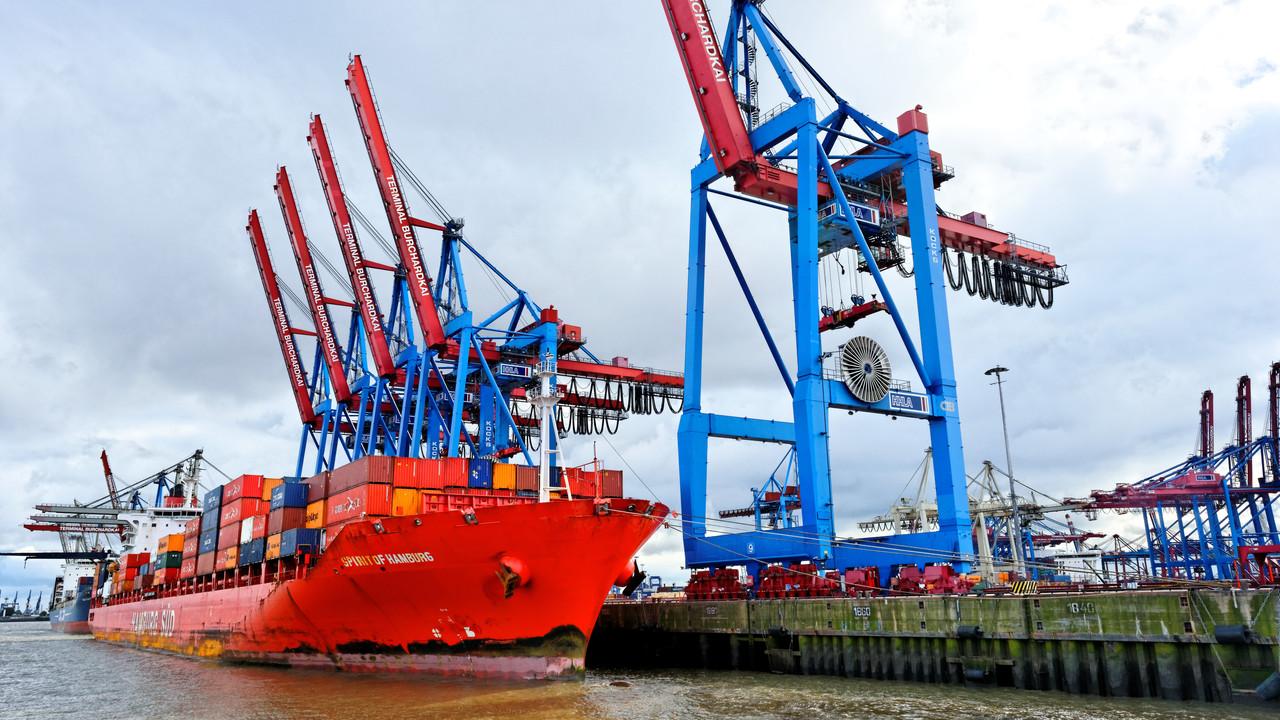 Kako, da se je sredi trgovinske vojne evropski izvoz v ZDA okrepil