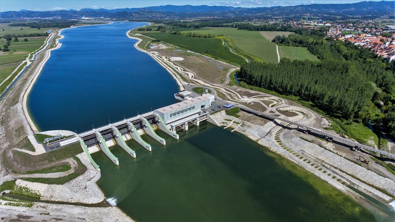 (odgovor) Kdo se boji hidroelektrarn na Muri in Savi?