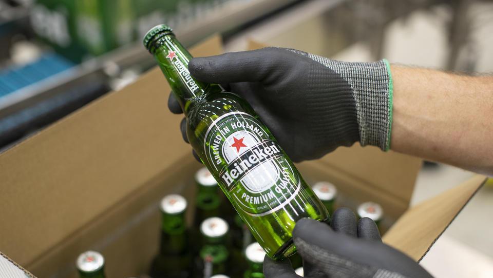Heineken bo za prevzem deleža kitajskega pivovarja odštel 3,1 milijarde dolarjev