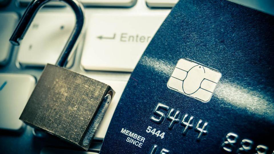 Stranke ameriške kreditne agencije Equifax dva meseca v nemilosti hekerjev