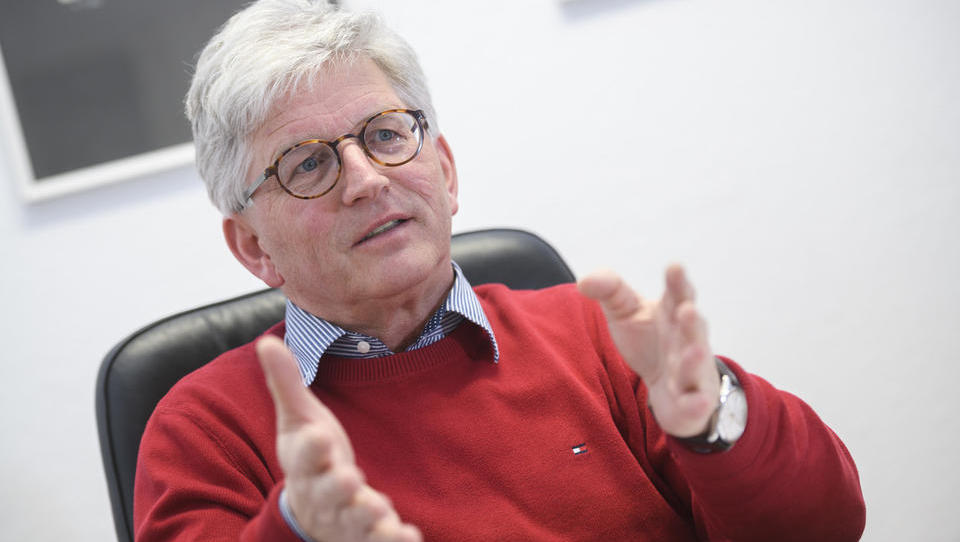 Stojan Hergouth, Jata Emona: Ogledane imamo že nove prevzemne tarče