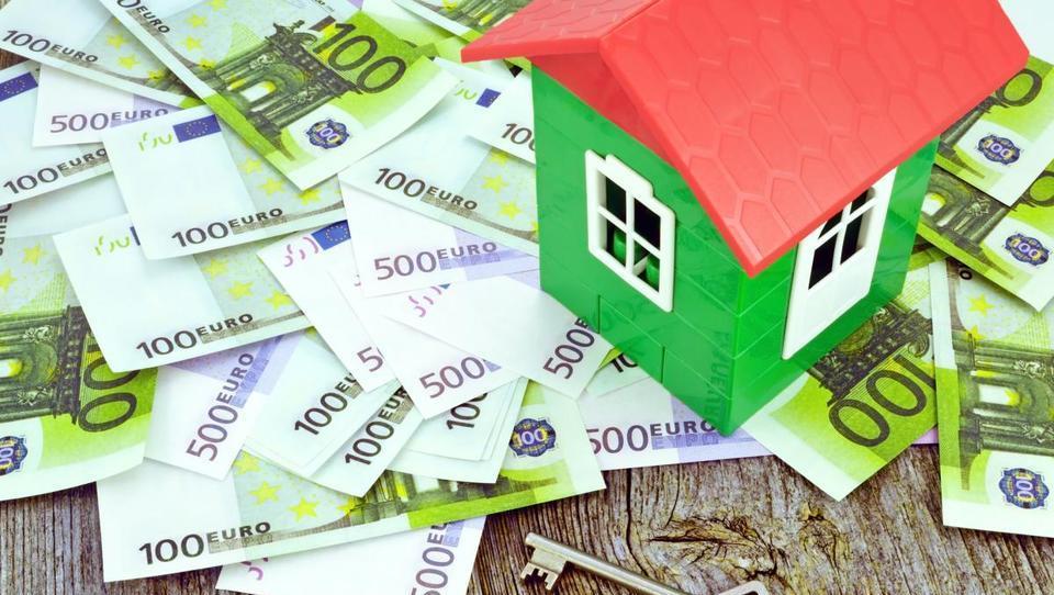 Heta prodaja za 121 milijonov evrov terjatev do Zvonov, Merkurja, Sportine, Gratela,...