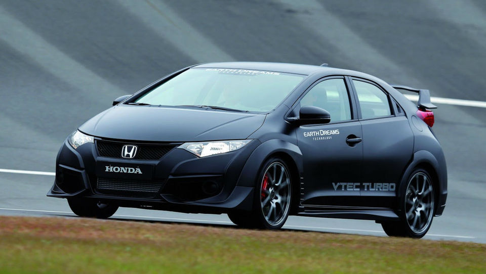 Honda z novimi motorji in civicom Type-R