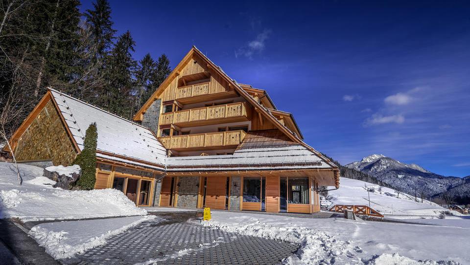 (foto) To je Batageljev hotel na Jezerskem za več kot 500 evrov na noč