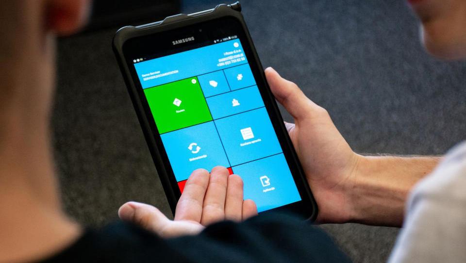 Logisti, trgovci in serviserji iščejo mobilne rešitve za poslovanje brez papirja in brez stika
