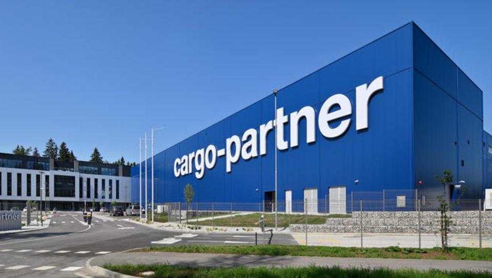 Brnik: cargo-partner je v 11 mesecih zgradil logistični center, te dni selijo posel na Gorenjsko