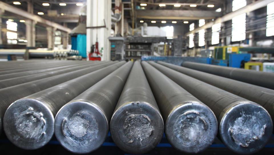 Kaj največja podražitev aluminija v 30 letih pomeni za slovensko industrijo?