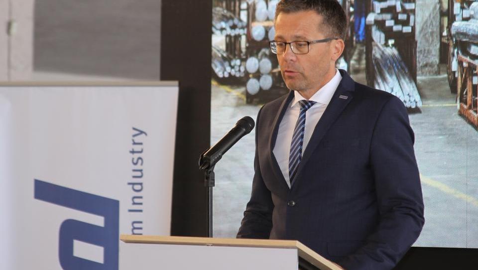 Rešitev za prihodnost Impola in Slovenske Bistrice še kar v zraku