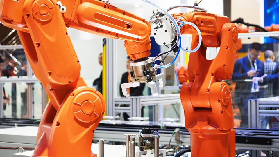 Desetina proizvodnih podjetij z vlaganji v napredne tehnologije