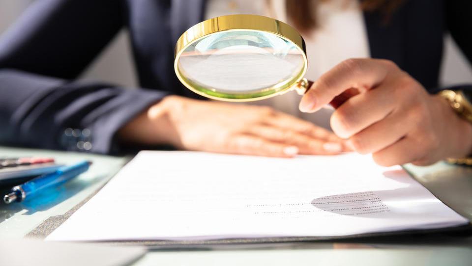 Tihe rezerve in tihe izgube v računovodskih izkazih
