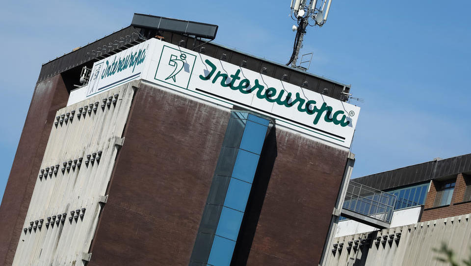 Pošta Slovenije oddala ponudbo za Intereuropo. Kdo še?