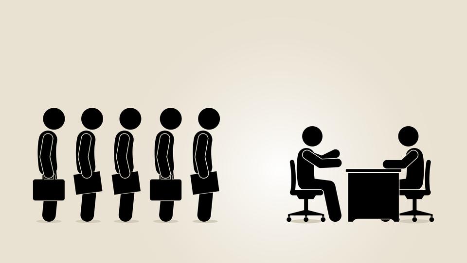 Zavod za zaposlovanje opozarja: prepovedano posredovanje dela tujcev