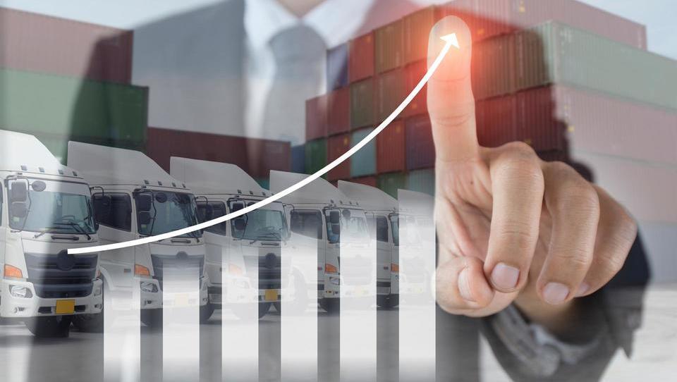 Krepka četrtletna rast izvoza in industrijske proizvodnje