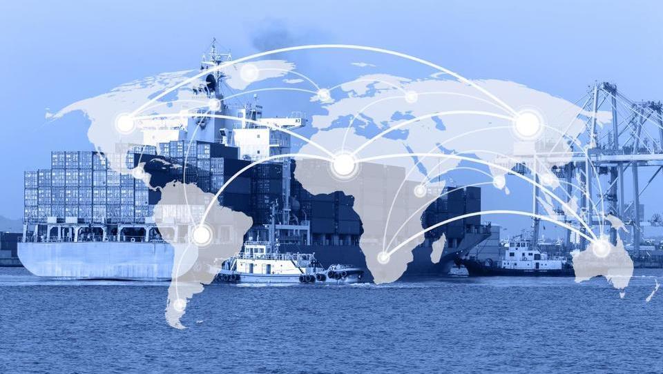 Izvoz in uvoz EU še rasteta, prav tako presežek z ZDA in primanjkljaj s Kitajsko