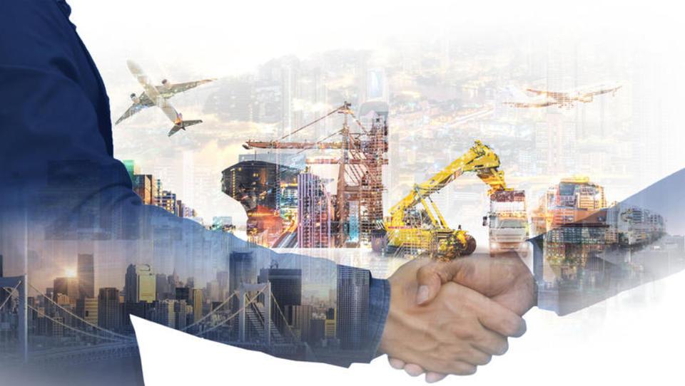 Izvoz, dodana vrednost, plače: kaj raste in kaj ne? Kako pomaga država in kaj še manjka