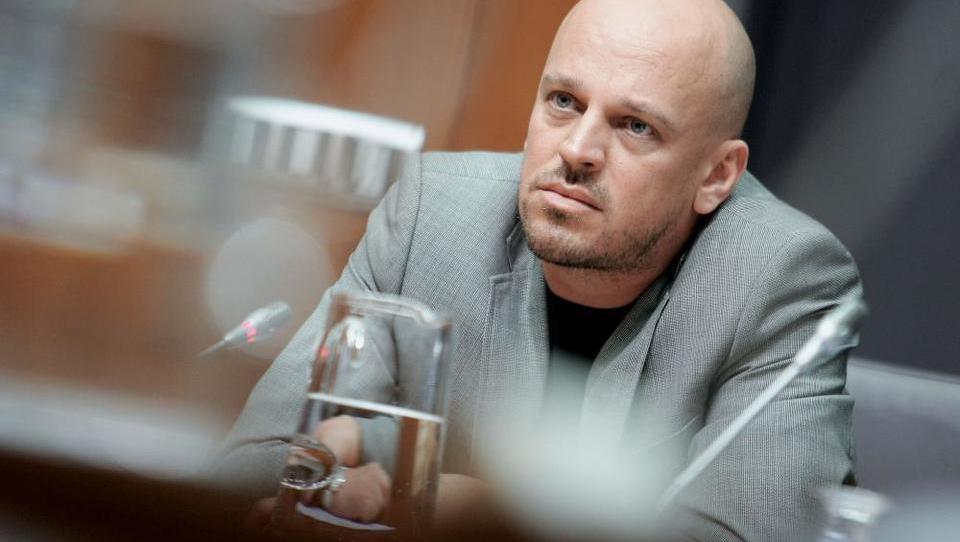 Podjetje Jankovićevega tasta v stečaj