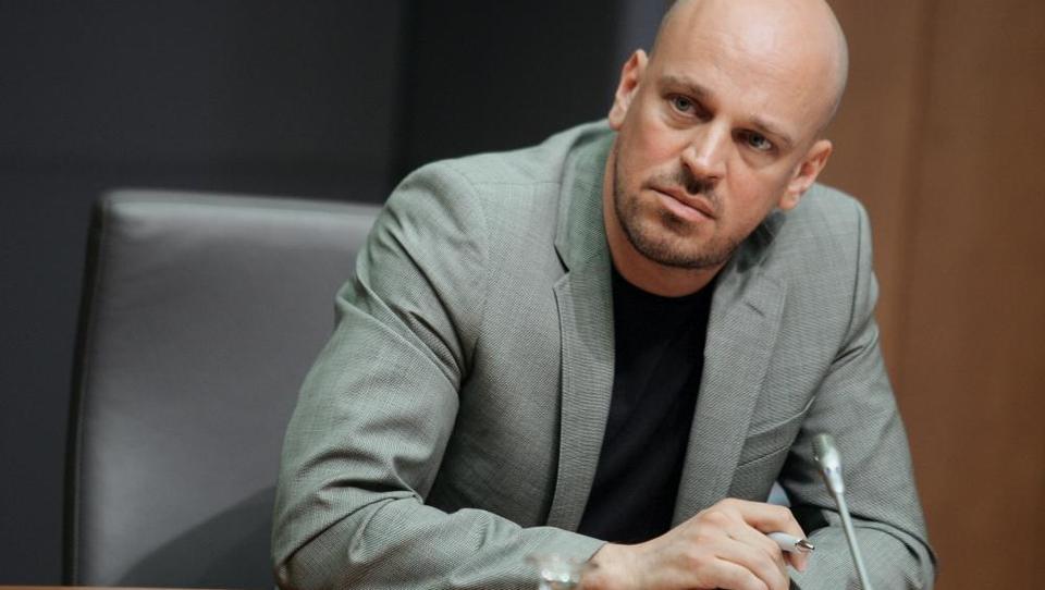 V stečaj še novogoriški stanovanjski projekt družine Janković