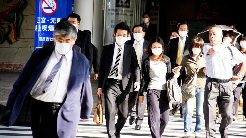 Paradoksi v zdravstvu so dodatna grožnja japonskim dolžniškim težavam