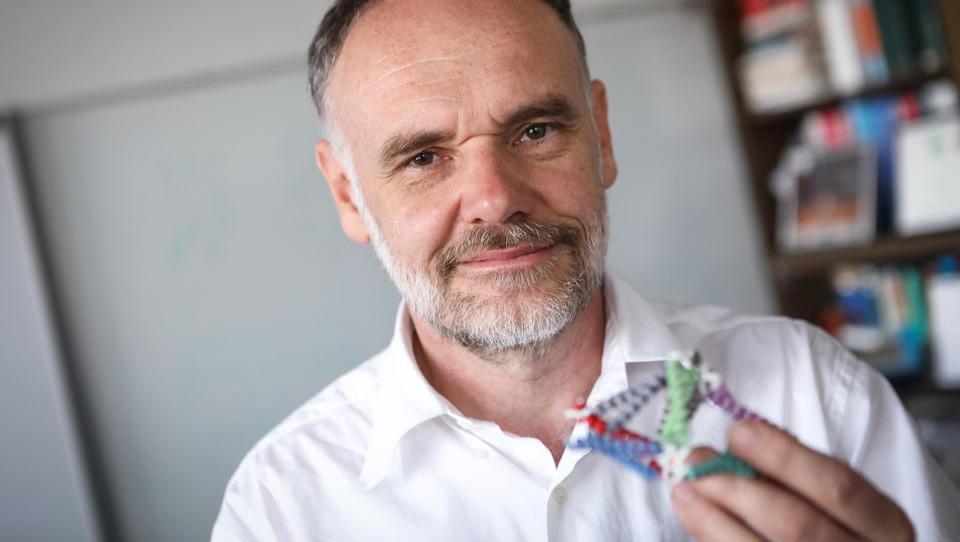 Kaj razvija slovenski znanstvenik, ki je od Evrope dobil 2,5 milijona evrov?