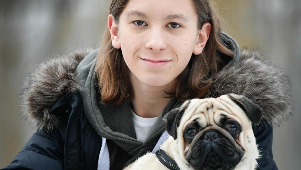 (finančna šola za najstnike) Kako je 14-letni Jaka postal Youtube milijonar?