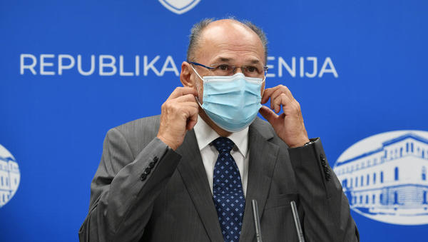 Vlada določa obvezno merjenje temperature za zaposlene in obiskovalce. Vsi z vročino bodo napoteni na bolniško. Kako in v kakšnem postopku naj obisk pošljem na bolniško? In kaj, če noče?