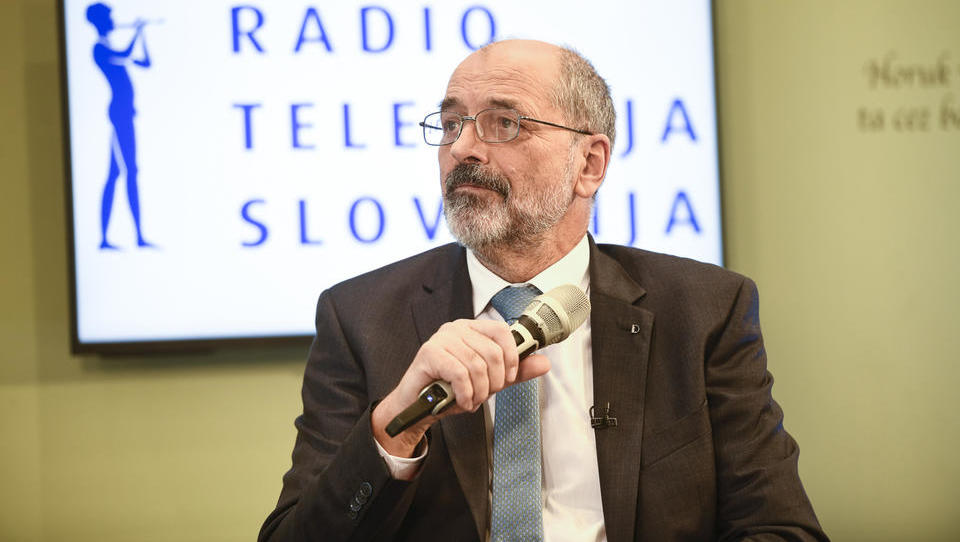 Zurnal24: Kadunc bo vladi predlagal dvig RTV prispevka