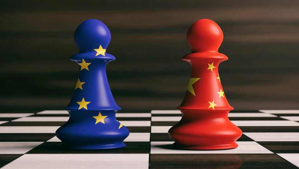 Bo brexit ugrabil vrh EU? Glavna je želela biti razprava o obrambi EU pred Kitajsko