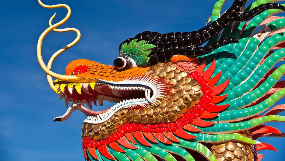 EU tlakuje pot za strožjo presojo kitajskih naložb