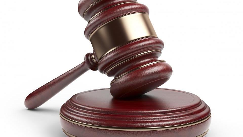 Pregled 2015: nov rekord osebnih stečajev, manj stečajev pravnih oseb