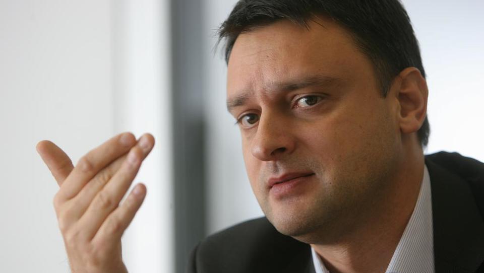 Robert Kleindienst se vrača v upravljavski biznis