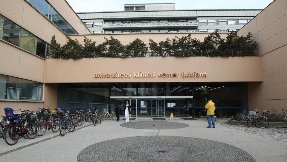 Zdravniki UCKL zgroženi nad predlogom vodstva o ustavitvi srčne kirurgije