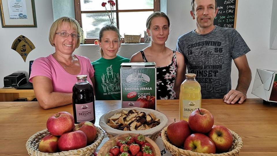 Kmetija Jerala povečuje prodajo in predelavo jabolk