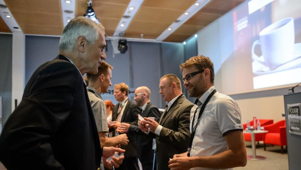 Izvoz 2020: kako se slovenski podjetniki pripravljajo na razburkana poslovna morja?