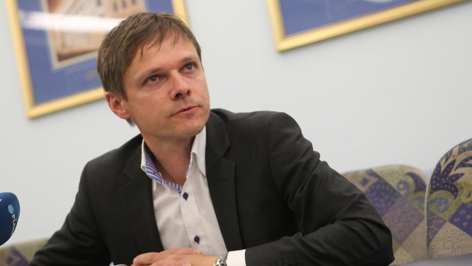 UKC Ljubljana bo pri pranju perila prihranil tri milijone evrov