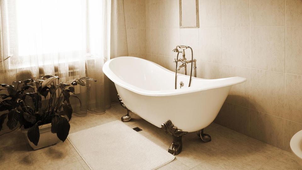 Tudi če je bilo stanovanje brez kopalnice, ste bili v socializmu zadovoljni
