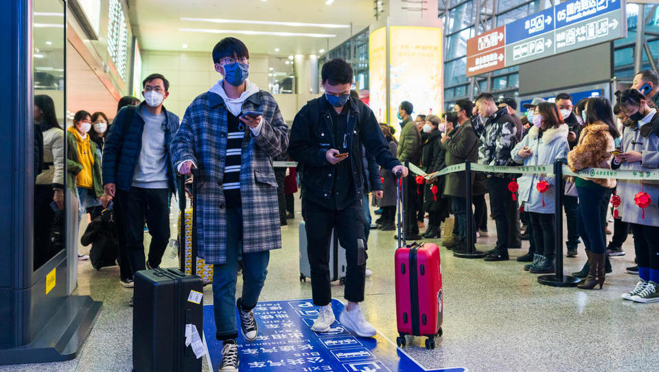 Kitajsko je zajela potovalna mrzlica, rezervacije notranjih letalskih poletov so eksplodirale