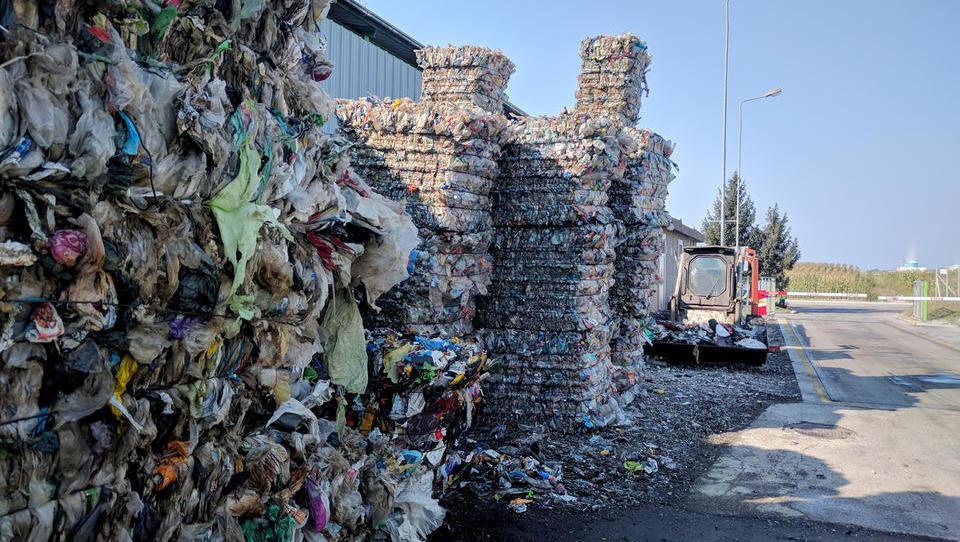 EU dosegla dogovor o prepovedi plastike za enkratno uporabo