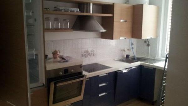TOP dražbe: Stanovanja v Ljubljani in Piranu, hišica v toplicah, pisarne
