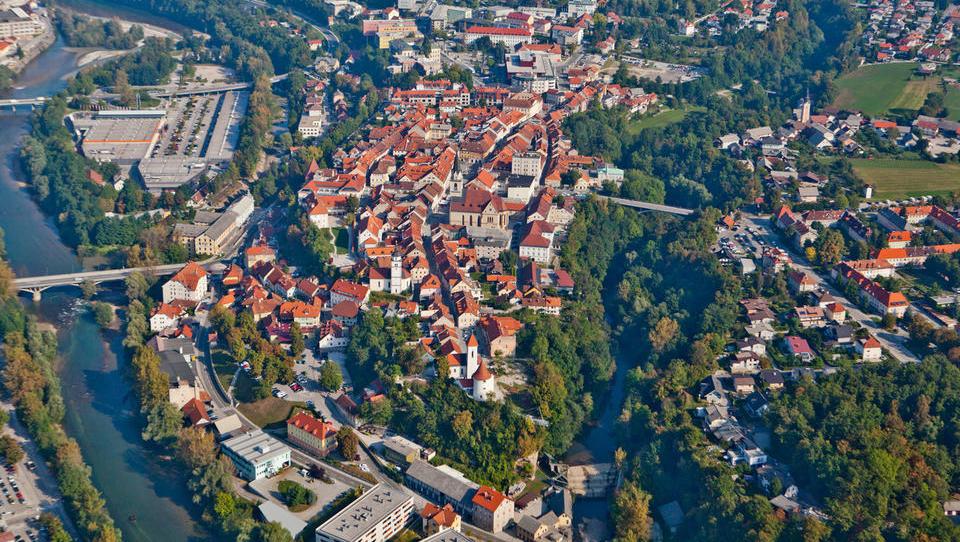 V Kranju pričakujejo manj prometa s stanovanji, cene rabljenih ostajajo že dobro leto enake