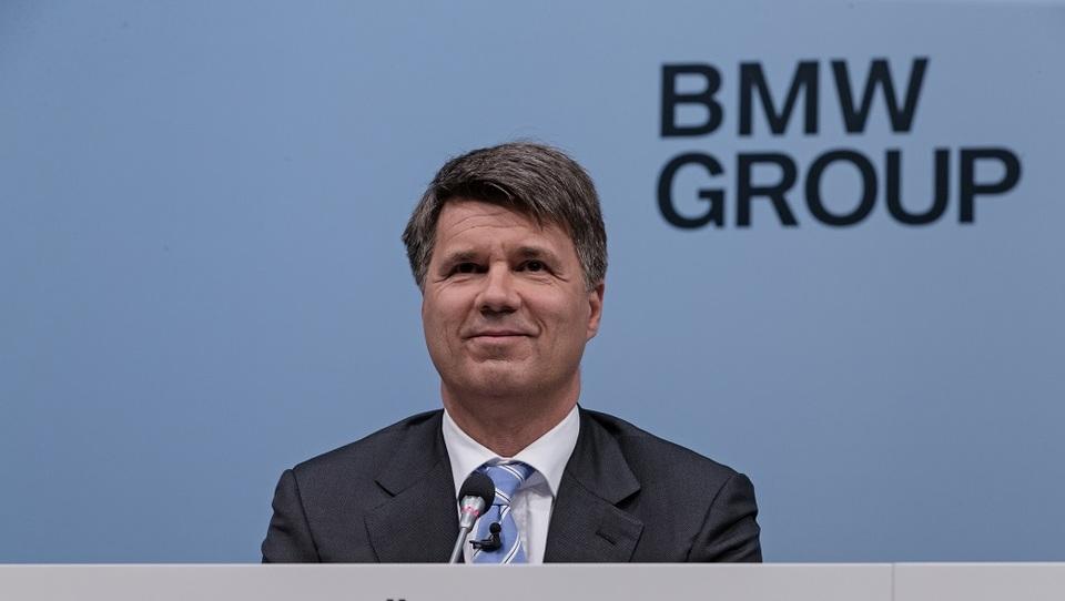 Dobiček BMW skrčila šibkejša funt in juan ter vlaganja v nove tehnologije