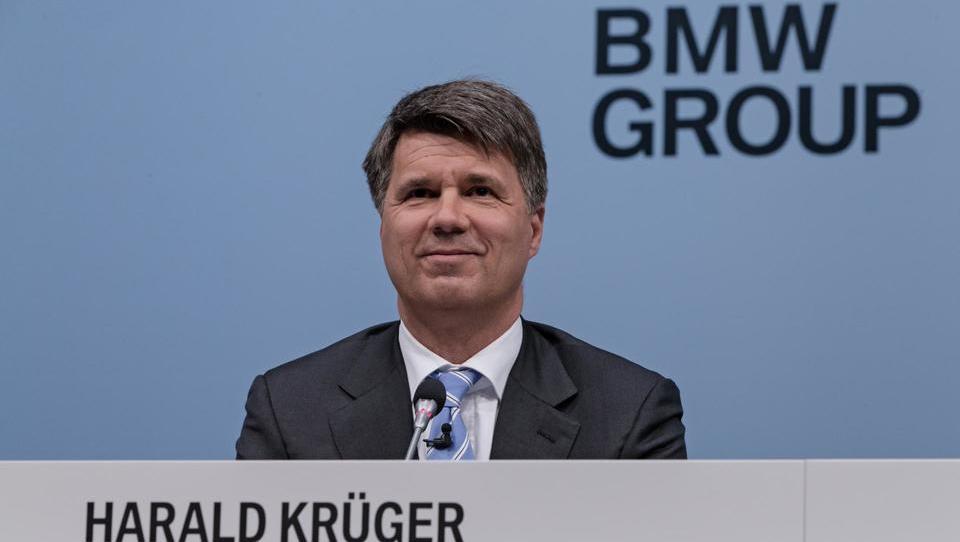 BMW po osmih letih napovedal upad dobička, kje se mu je zalomilo?