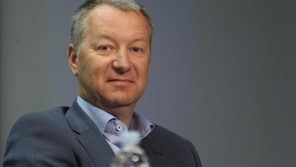 Igor Lah ne prodaja več Steklarne Hrastnik; ta ne bo gradila na Poljskem, ampak doma