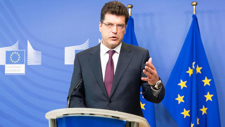 Oglasil se je evropski krizni komisar Janez Lenarčič. Kdaj pričakuje odpiranje?